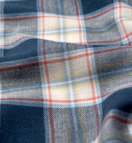 Japanese Navy and Faded Red Cotton and Linen Plaid