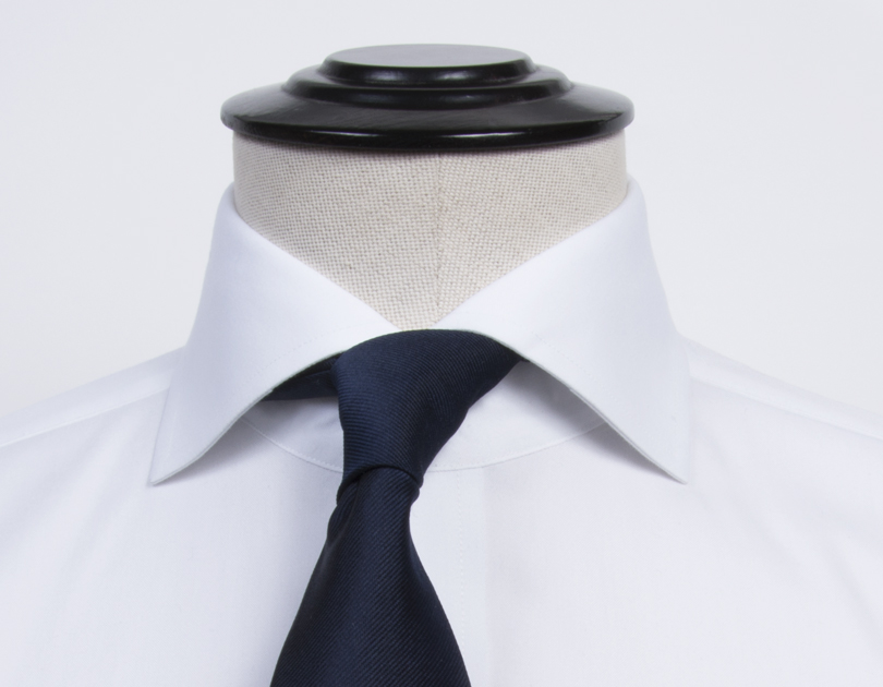 Image of Roma Cutaway Collar