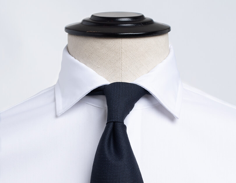 Image of Soft English Spread Collar