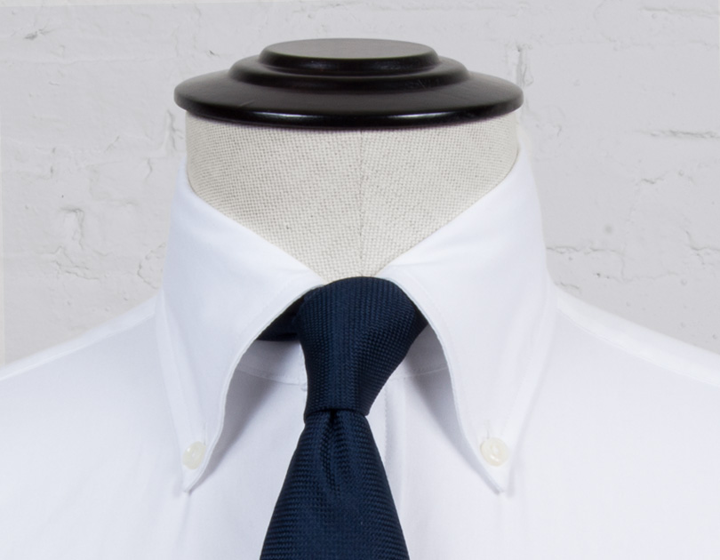 Image of Soft Ivy Button Down Collar