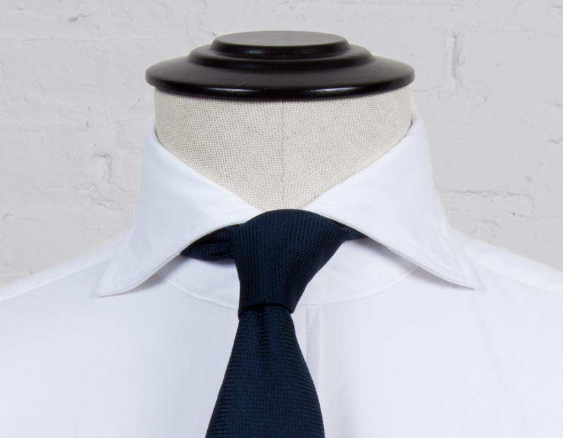 Image of Soft Roma Cutaway Collar
