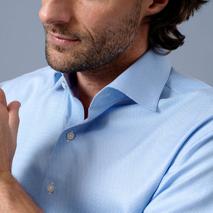 Wrinkle-Free Shirt Detail Small