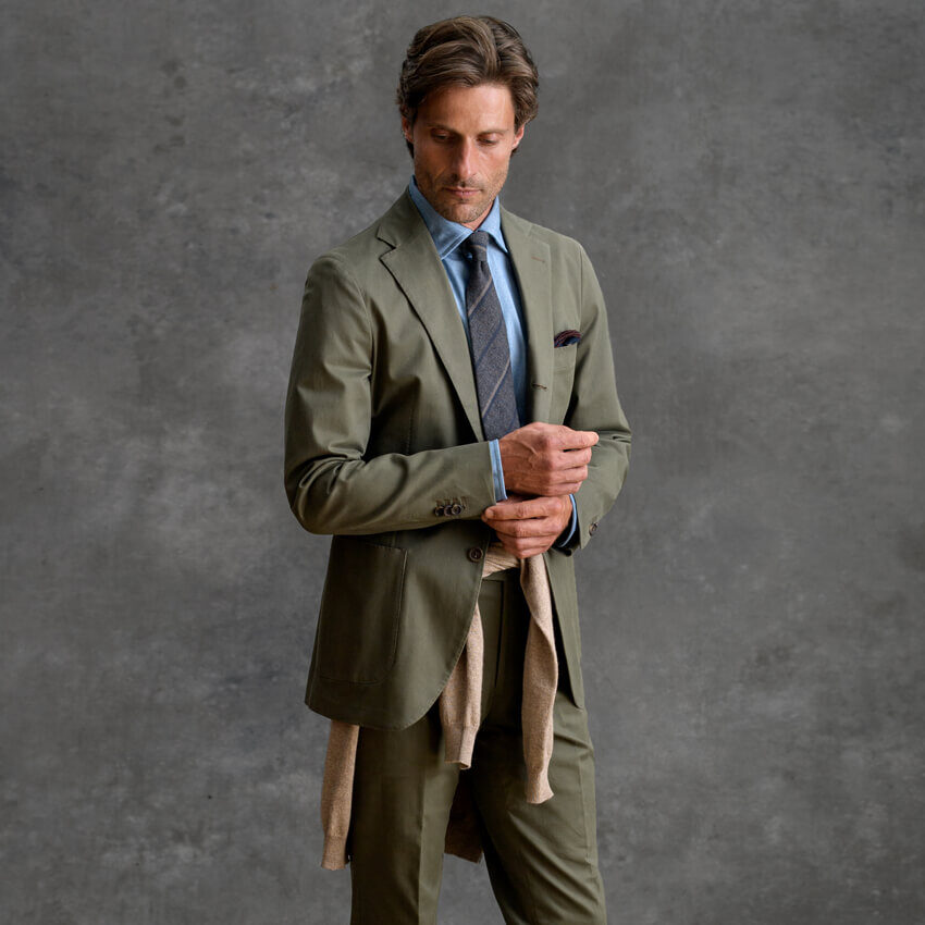 The Casual Suit On-Figure Look