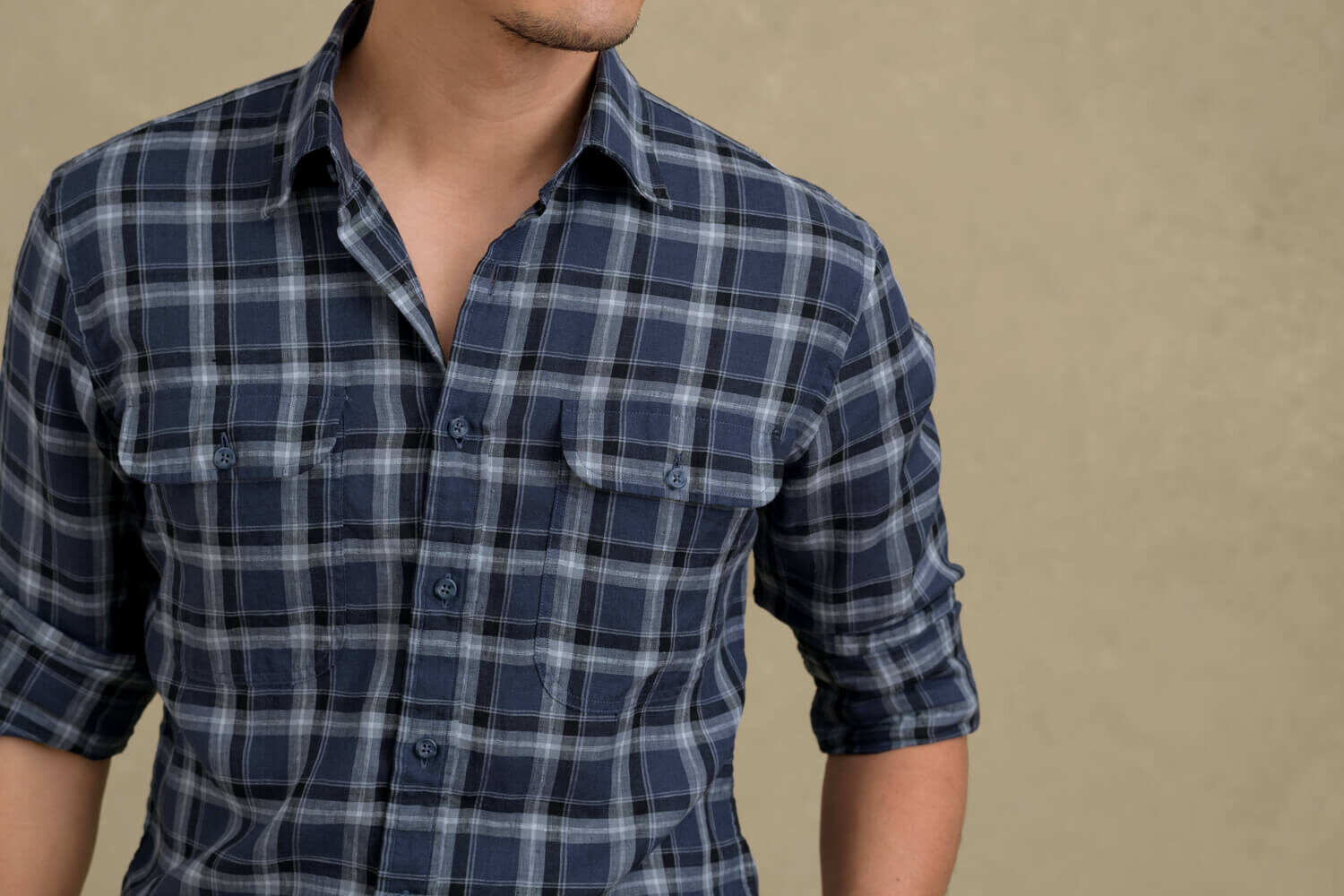 Look: Summer Plaid Zoomed