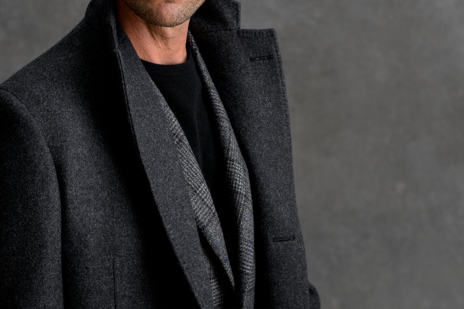 Look: The Unstructured Overcoat Zoomed