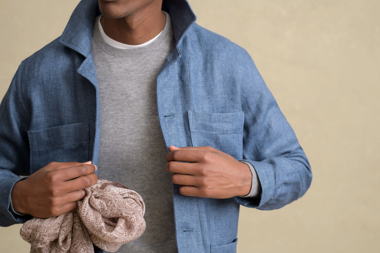 Look: The Linen Shirt Jacket Zoomed