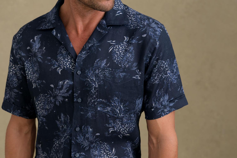Look: Hawaiian Blues Zoomed