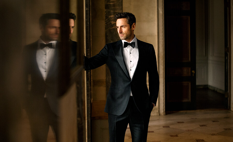 Timeless Black Tie Design Photo